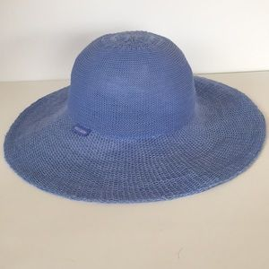 ce7edb3dd4b0d Wallaroo Accessories - Wallaroo Victoria Diva Blue Packable Sun Hat OS